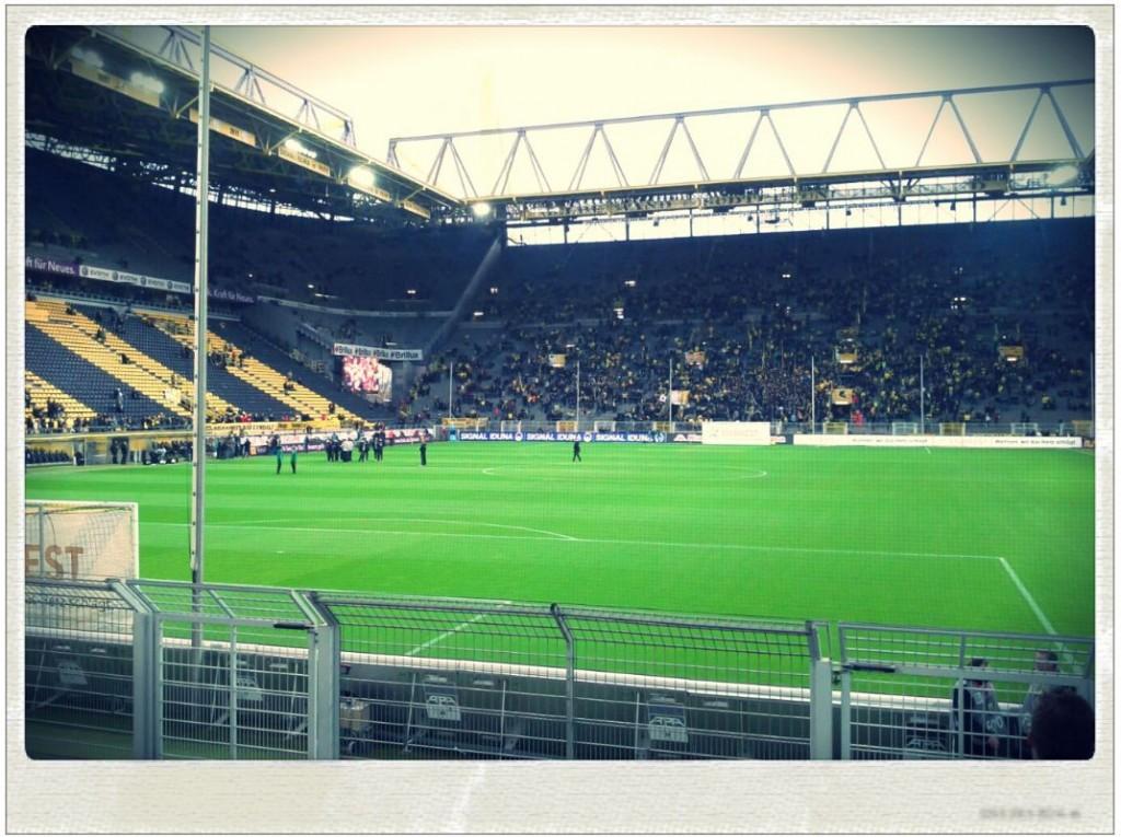 Borussia Dortmund Hannover 96 Westfalenstadion Block 62 Reihe 4 Ergebnis 3 - 1 am 23 Spieltag