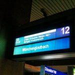Düsseldorf Hauptbahnhof S-Bahn S8 Verspätung Bahnhof Bahnsteig Gleis 12