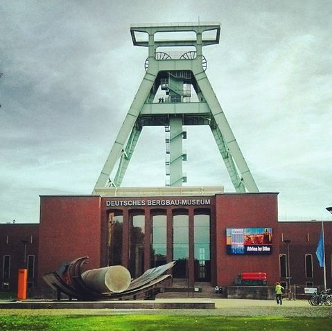 Deutsches Bergbau-Museum Bochum Förderturm Vorderseite