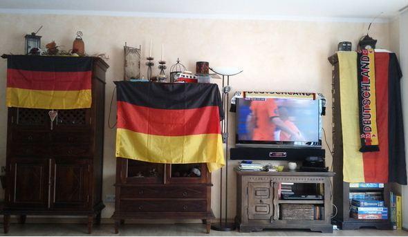 EM 2012 Europameisterschaft Deutschland Flagge Beflaggung Wohnzimmer Deutschland BRD