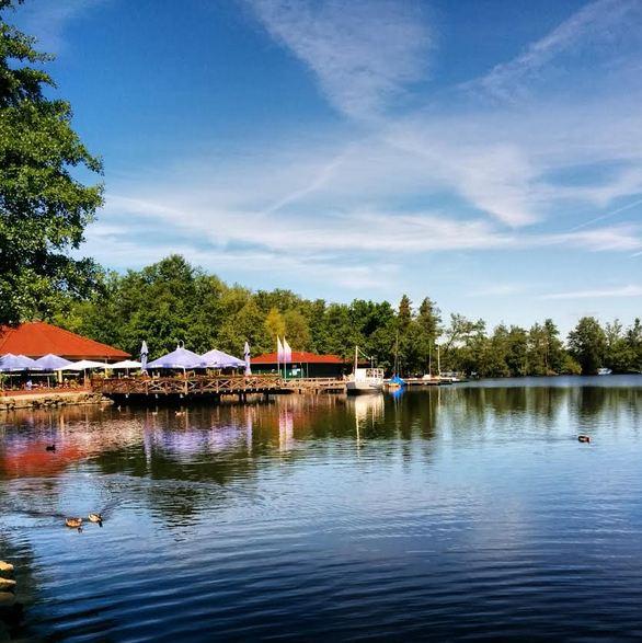 Boot fahren am Hariksee: Der Bootsverleih Marina
