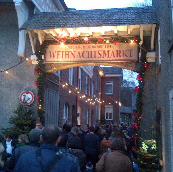 Historischer Weihnachtsmarkt Büttgen Rittergut Niederrhein Rheinland