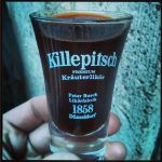 Killepitsch Düsseldorf Kräuterlikör Glas 4cl Peter Busch Likörfabrik 1858