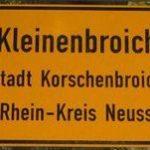 Kleinenbroich Ortsschild Schild Rheinland Niederrhein Nordrhein - Westfalen
