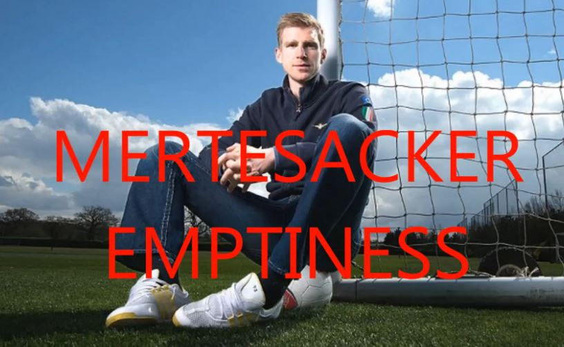 Mertesacker Emptiness - YouTube