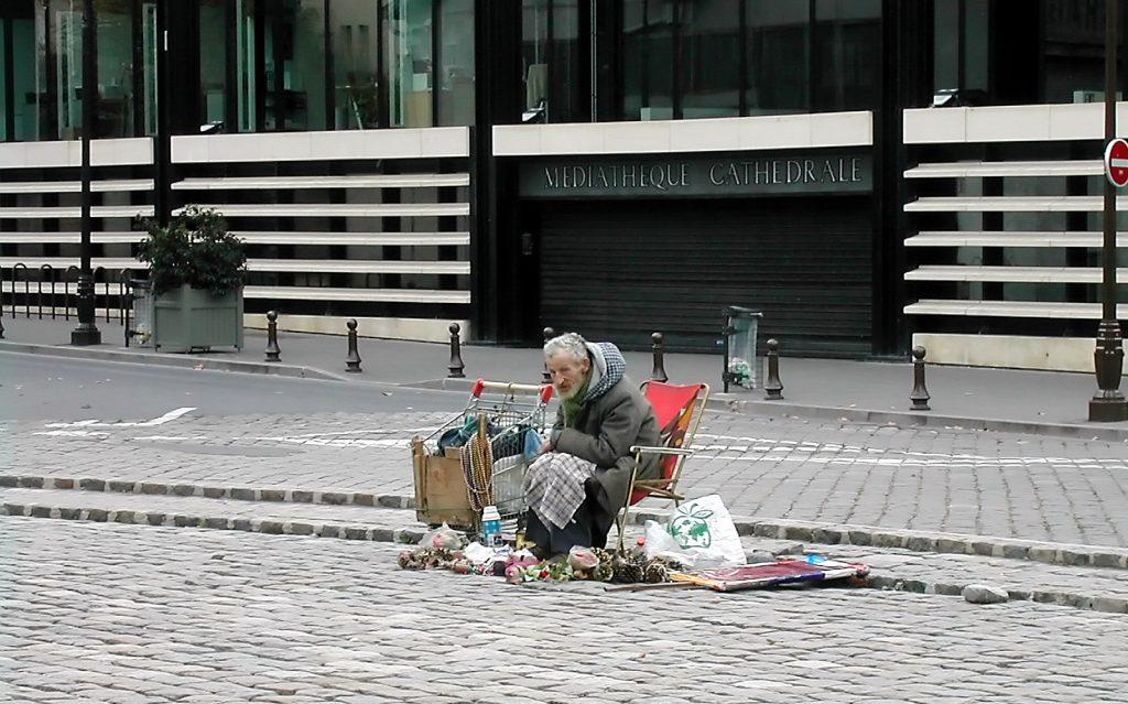 Obdachloser 15191_web_R_by_Anna-Lena Ramm_pixelio.de