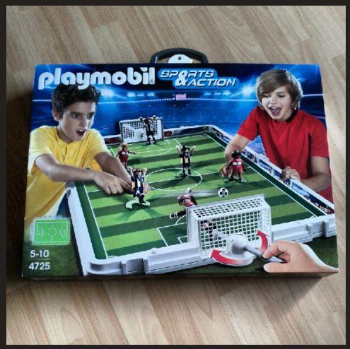 Produkttest PLAYMOBIL 4725 Große Fußball-Arena im Klappkoffer
