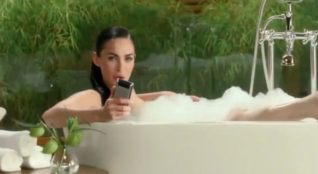 Screenshot YouTube Megan Fox Super Bowl Ad For Motorola 2013