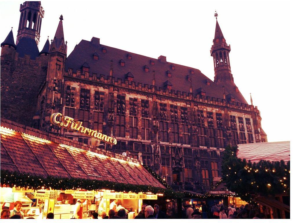 Weihnachtsmarkt Aachen 02 12 2011