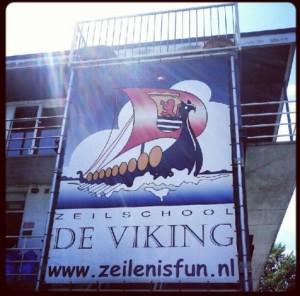 Zeeland Segelschule Versemeer Zeilschool De Viking Erfahrungsbericht Test Logo Banner