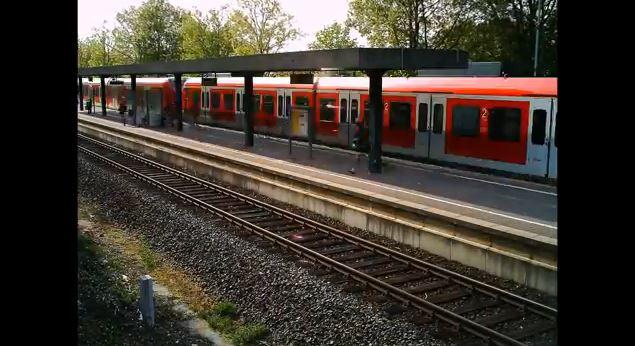 Zeitraffer Bahnhof Kleinenbroich - YouTube - Screenshot Time Lapse