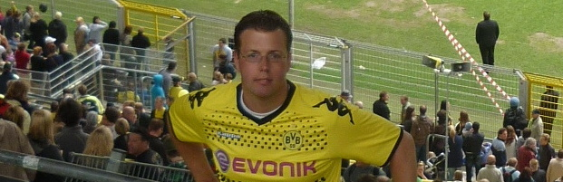 Marc Höttemann Westfalenstadion Südtribüne